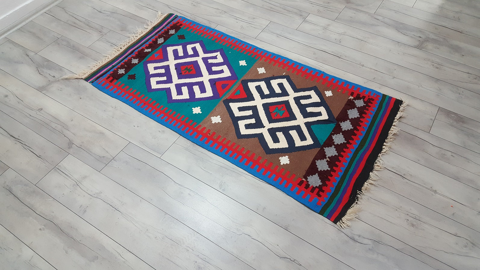 Unique Turkish Kilim Rug Lovely Colours Ram Horn Motifs