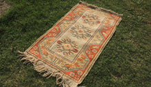 Small sized Wool Turkish Area Rug - bosphorusrugs  - 1