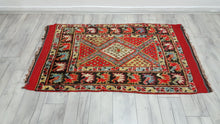 Breath Taking Turkish Konya Shaggy Rug Authentic 3,4x5,4 ft.