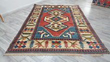 Turkish Kars Nigde Anatolian Rug 6,5x9,5 ft.