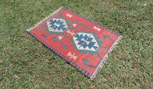 Small vintage boho Turkish kilim rug - bosphorusrugs  - 1