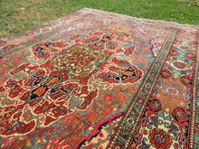 Luxury Persian Area Rug from Esfahan with Amazing Details