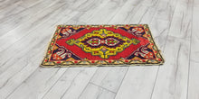 "1,8"" x 2,9"" ft. Turkish Mini Rug"