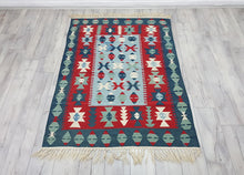 Geometric Patterned Turkish Kilim Rug 4x6 ft.