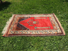 Antique Anatolian prayer rug - bosphorusrugs  - 5