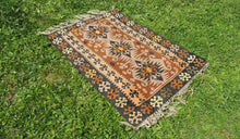 "Tribal Turkish ""Sivas"" kilim rug - bosphorusrugs  - 1"