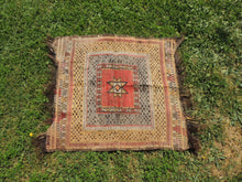 "Square Turkish kilim ""Sofrah"" - bosphorusrugs  - 6"