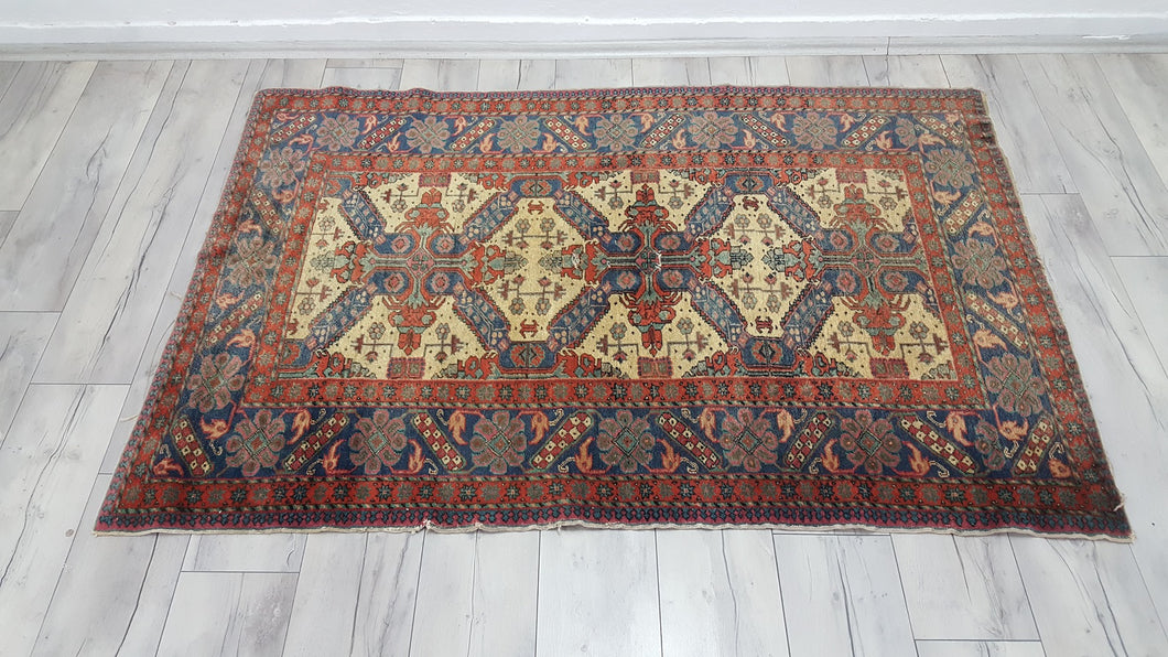 4x6 ft. Kayseri Area Rug with Very Fine Quality Manchester Wool Special Edition