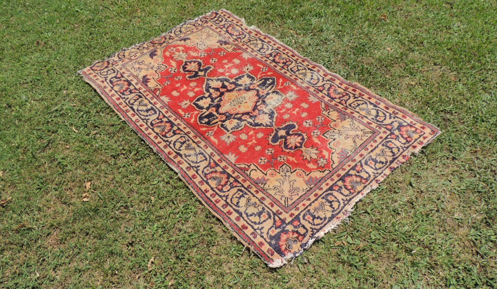 Vintage Worn Turkish Carpet - bosphorusrugs  - 1