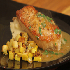 Pork Medallions with Peach Sauce Recipe