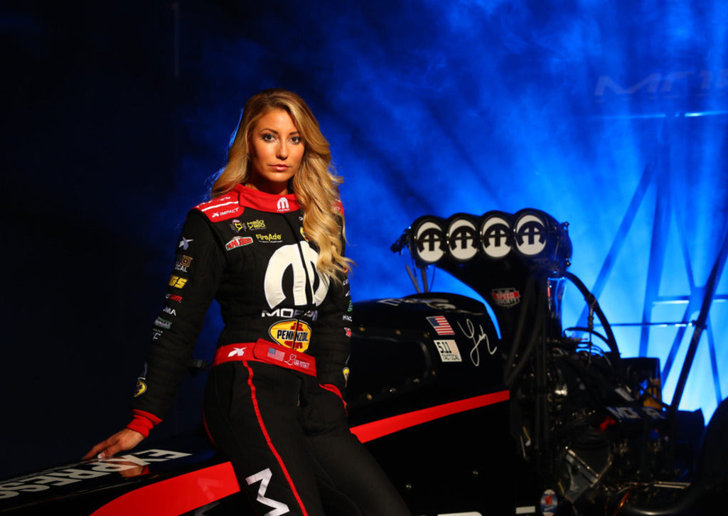 Behind The Scenes Photo Shoot | Leah Pritchett
