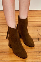 Kadee Boots, Shoes - The Ivory Closet