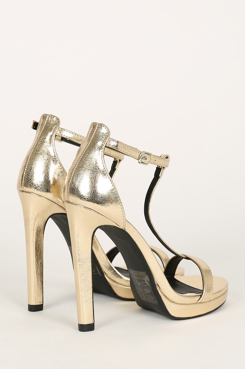 Chicago Heels, Shoes - The Ivory Closet