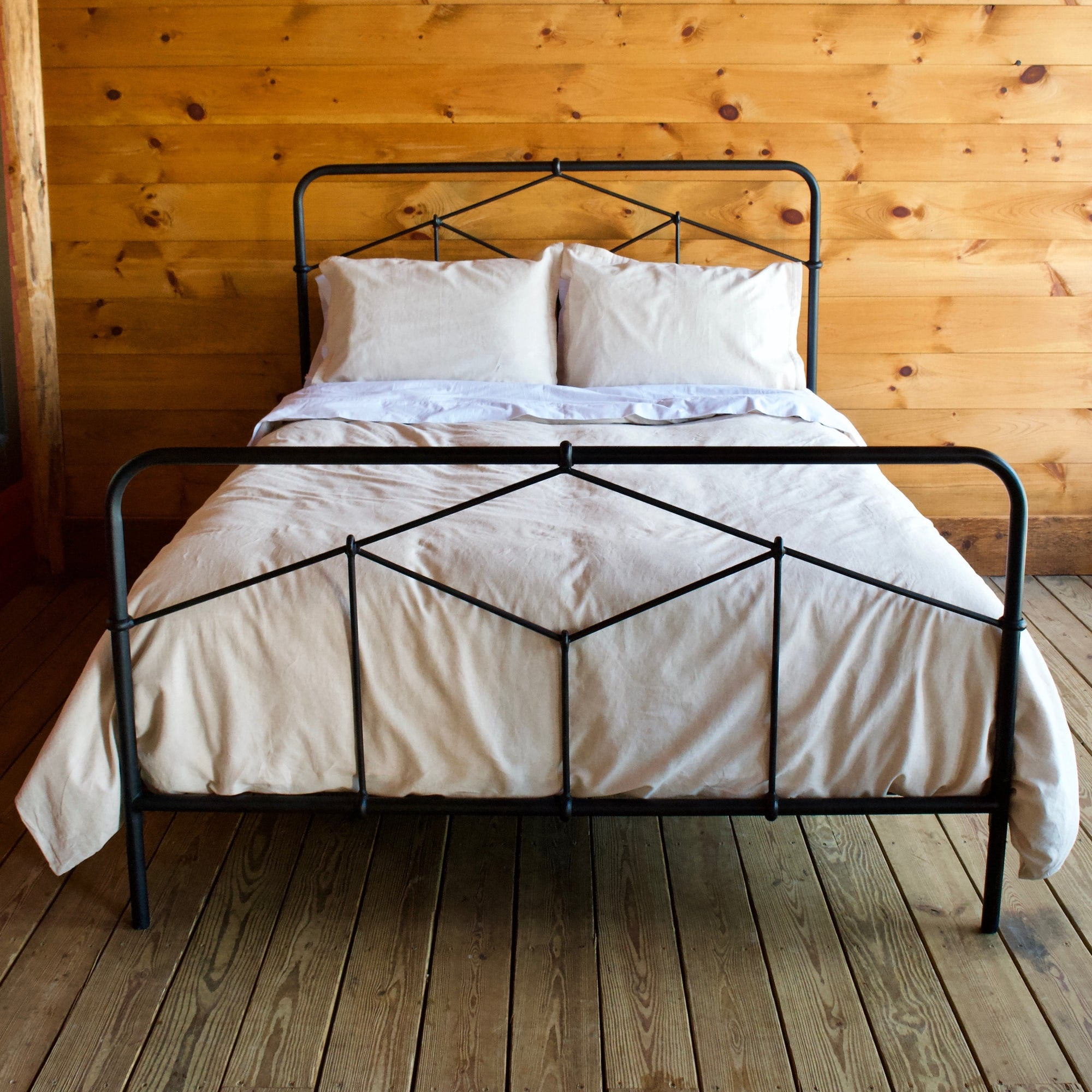 Black Iron Bed Rustic Industrial Bed Dartbrook Rustic