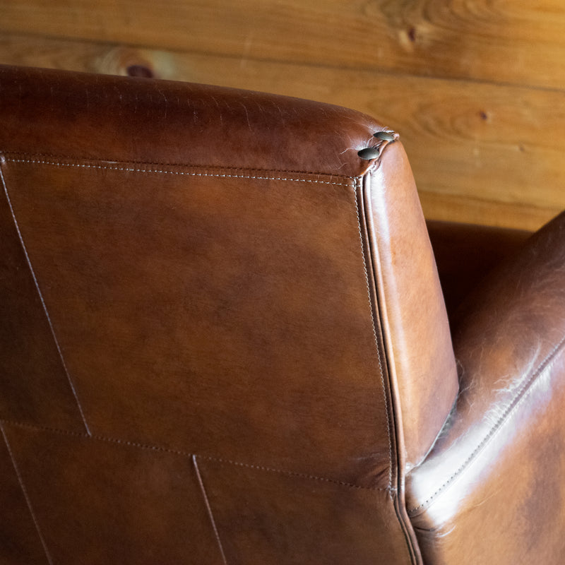 Rustic Vintage Cigar Leather Upholstered Club Chair with Nailhead