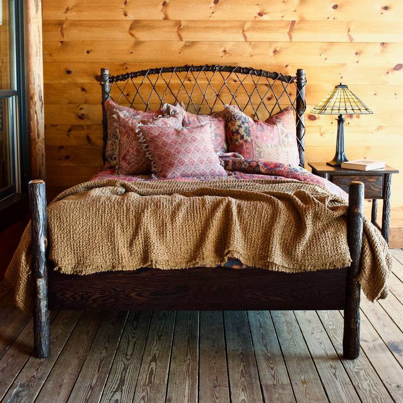 Handmade Rustic Twisted Hickory Cottage-Style Bed