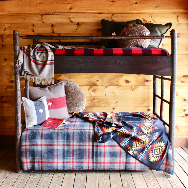 Phelps Trundle Bunk Bed | Dartbrook Signature Collection