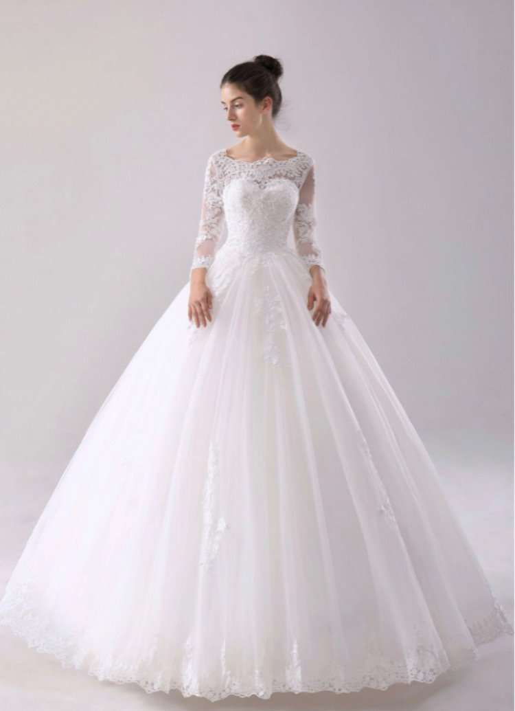 Wholesale Long Sleeve Puffy Wedding Dress With Lace Plus Sizes Available UK