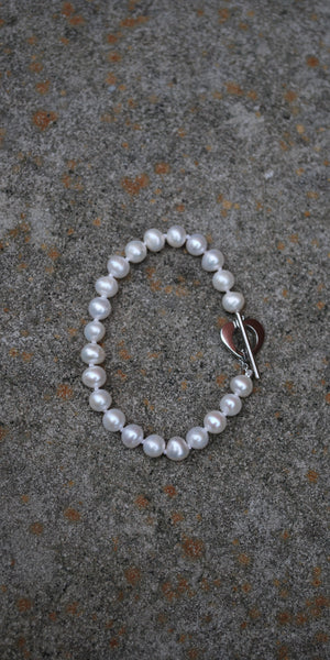 Pearl Heart Toggle Bracelet