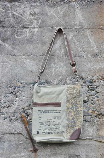 CANVAS DAISY CROSSBODY