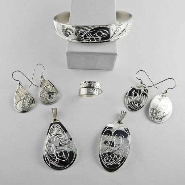 Silver jewelry Ring, Earrings, Bracelet