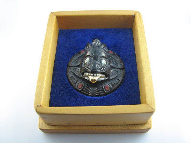Argillite Grizzly Bear Pendant
