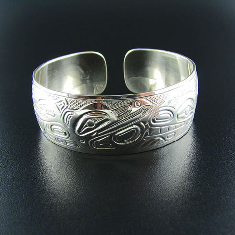 A Panel Pipe Style 3/4 Inch Silver Haida Bracelet