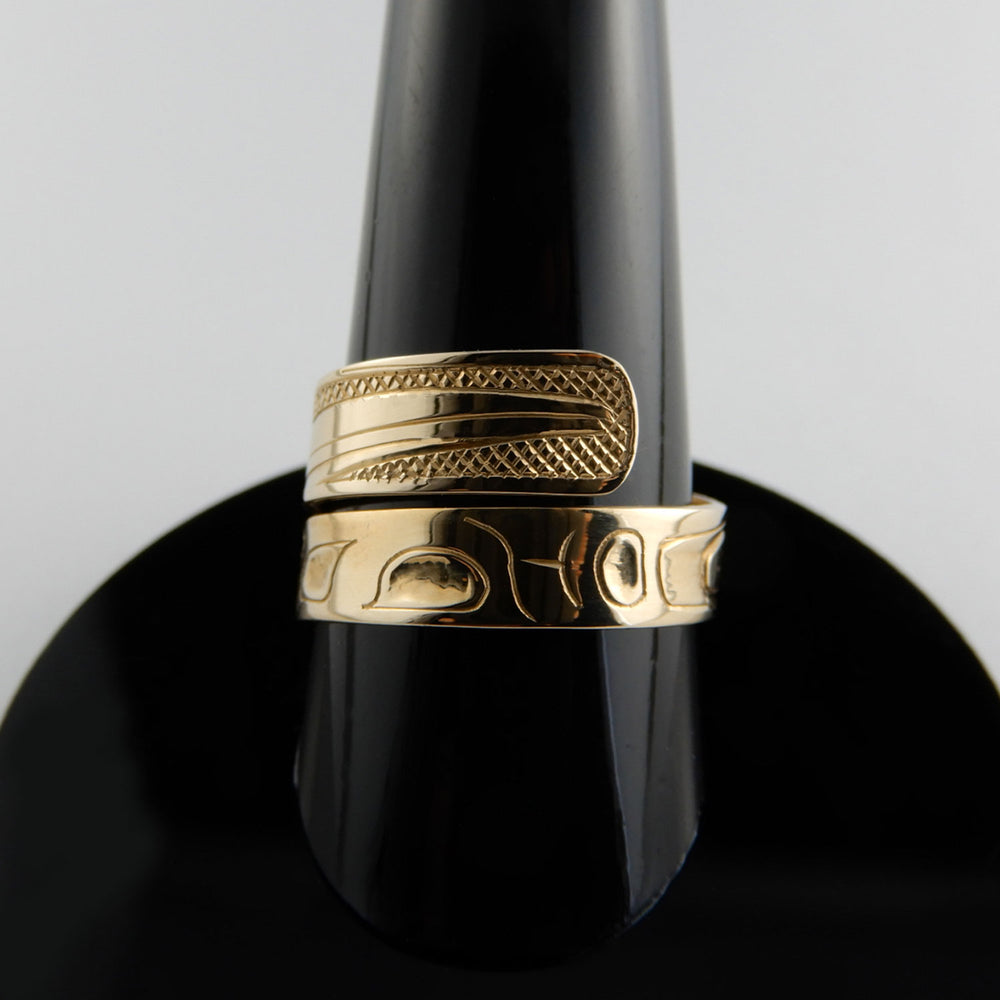 Haida Hummingbird Gold Wrap ring
