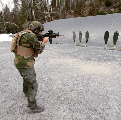 Plate carrier hydration used by Norwegian Military