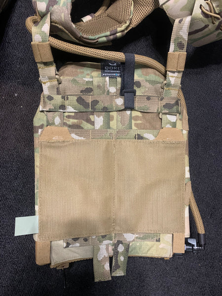 Plate carrier hydration setup: how to mount IcePlate MOLLE Sleeves to your Ferro Concepts Slickster