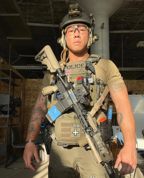 ventilated plate carrier shoulder pads used by Army Rangers, Chicago Police SWAT