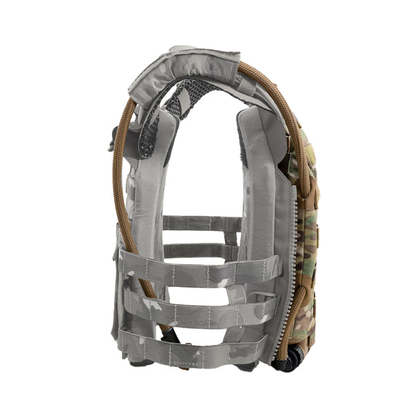 MOLLE plate carrier hydration