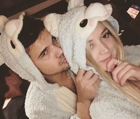 Celebrity Spotting Billie Lourd And Taylor Lautner In Our