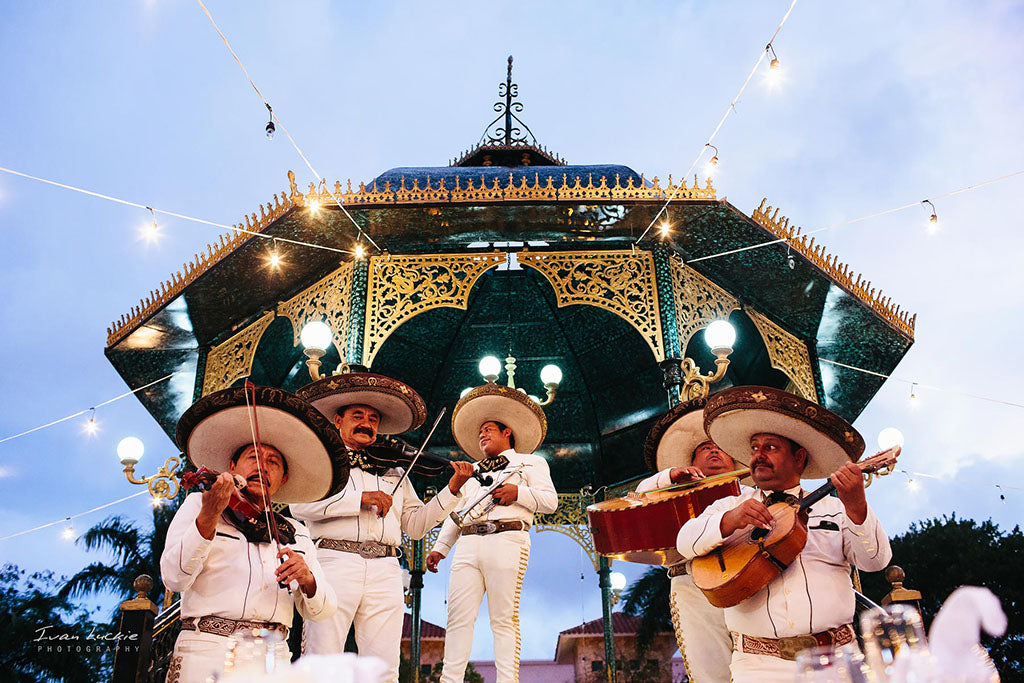mariachi band for wedding day