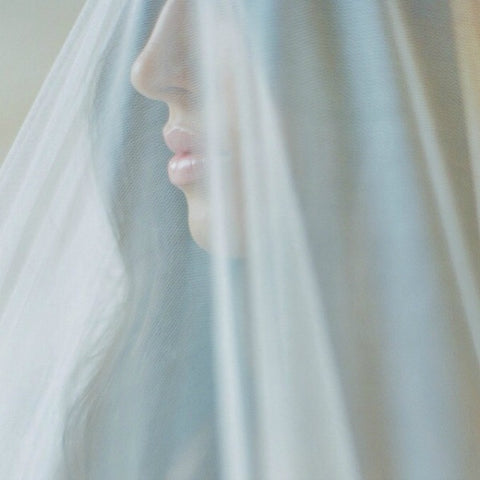 How to Care for Your Veil Before and After the Wedding