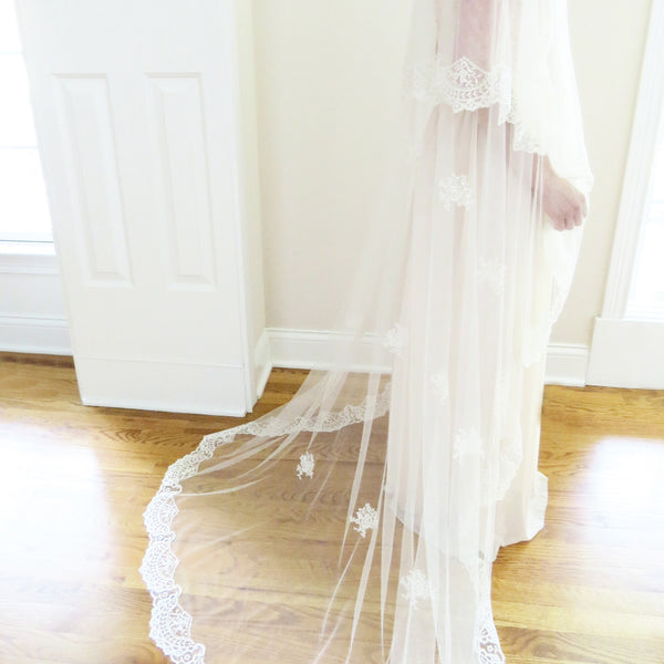 bridal mantilla veil with traditional spanish lace and appliques