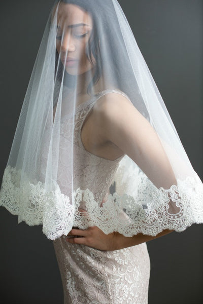 vintage style mantilla veil with blusher elbow length