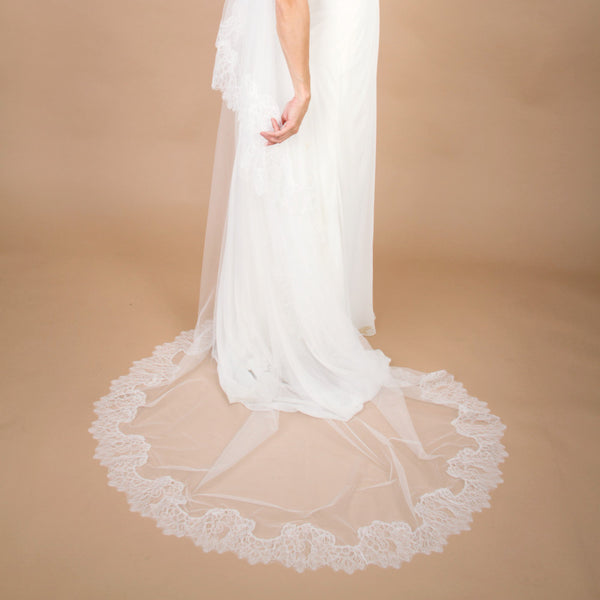 cathedral length lace mantilla style veil