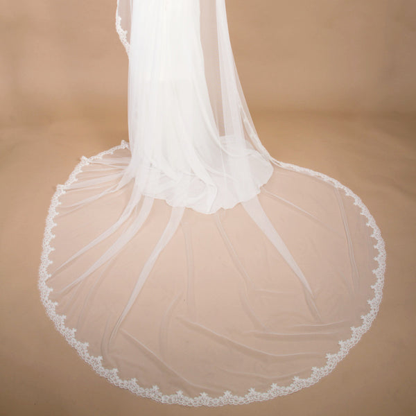 ivory cathedral mantilla veil with french alencon lace