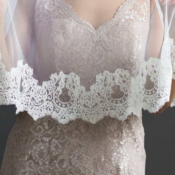 bridal mantilla veil with blusher