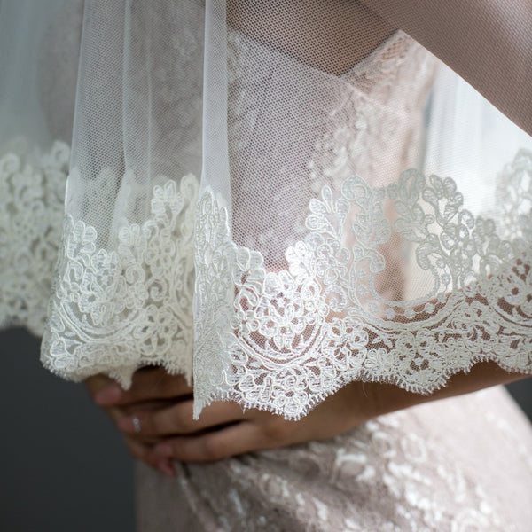 lace veil with blusher mantilla style