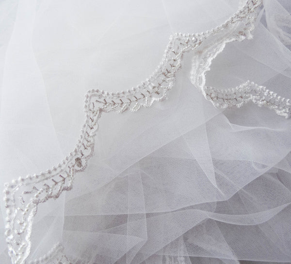 beaded mantilla veil scalloped lace trim full view