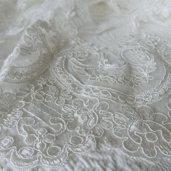 lace veil cathedral length mantilla in ivory