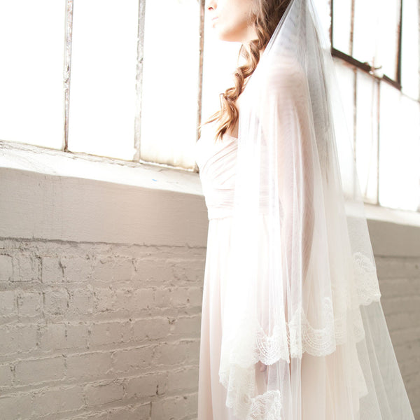 Spanish lace mantilla veil in ivory with blusher