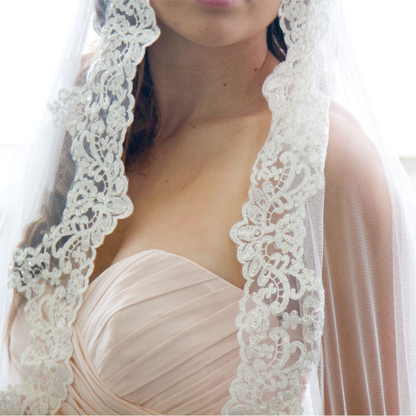spanish lace veil cathedral length in Ivory