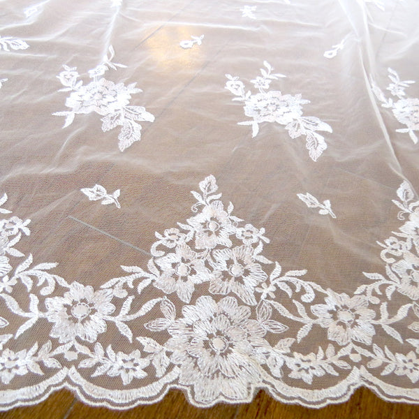 spanish lace mantilla veil for bride and groom