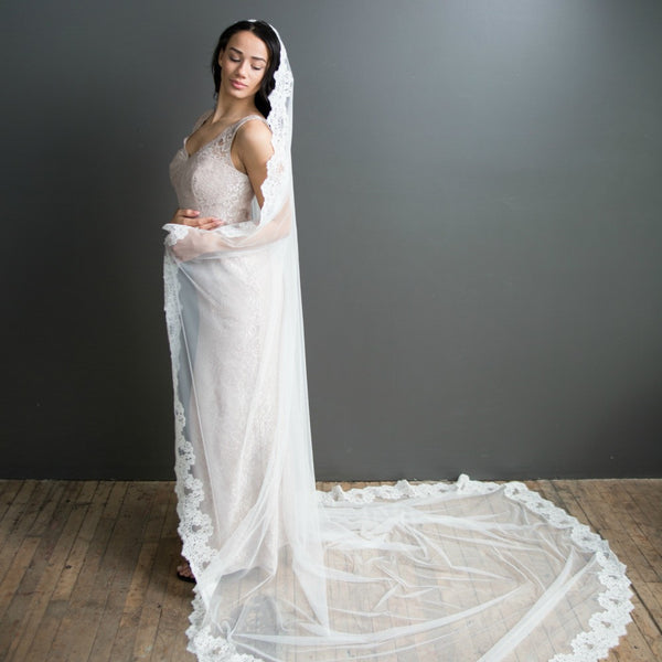 bridal veil mantilla spanish lace cathedral length