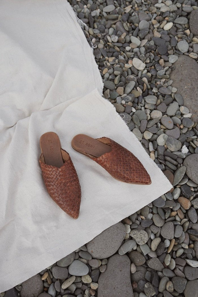 ST. AGNI Ciao Woven Flat Antique Tan pas mal nyc greenpoint brooklyn williamsburg boutique independent fashion lifestyle concept store fall19 winter19