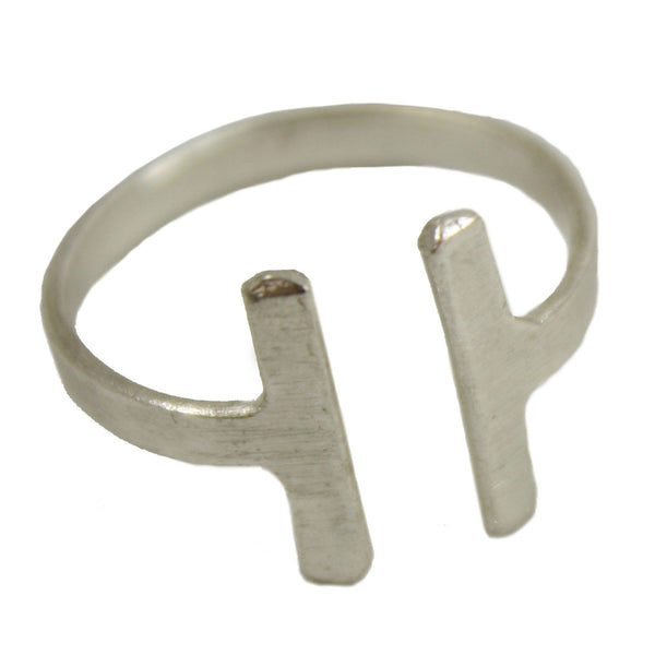 Perpendicular Ring - silver - WorldFinds