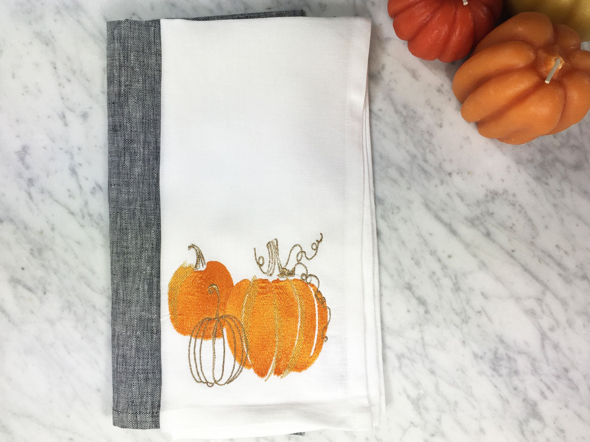Pumpkin Napkin White with Pepper Linen Napkin